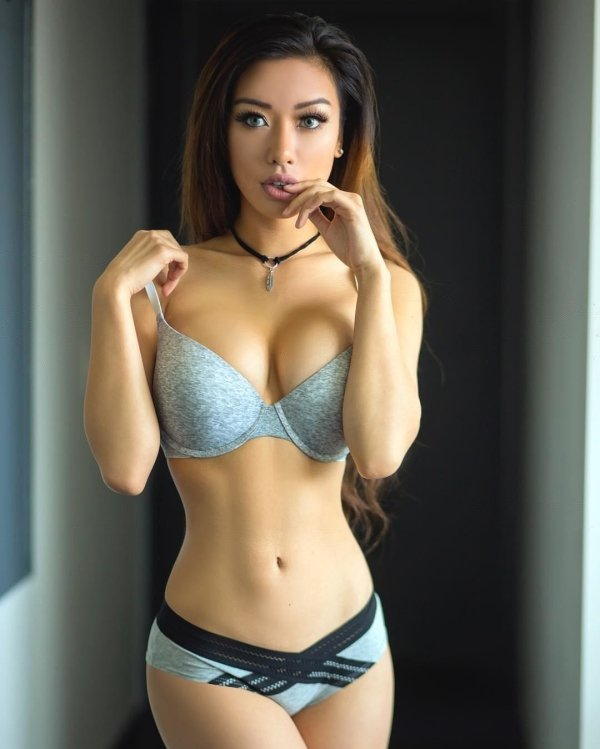 Hot asian pictures