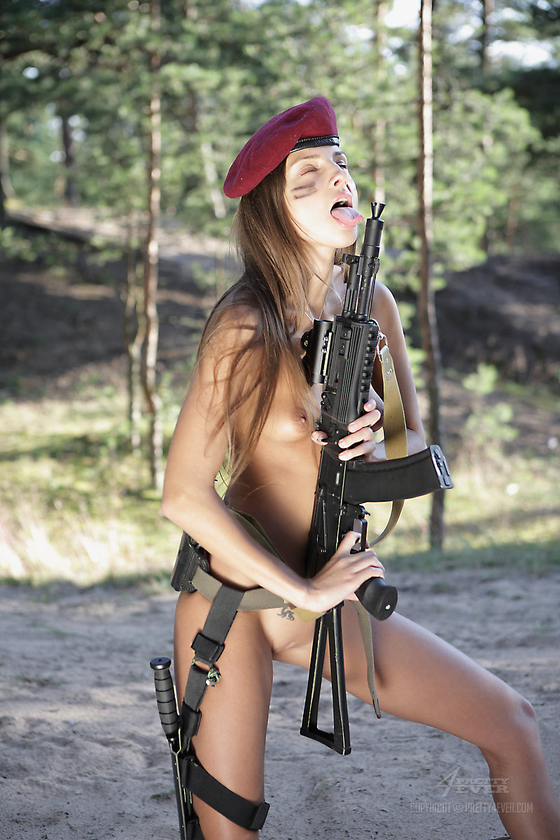 Nude russian with guns
